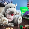 Plyšová hračky s nahřívacím bříškem dětem pomáhá na bolest.