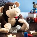 Plyšová hračka s nahřívacím polštářkem dětem pomáhá na bolest.